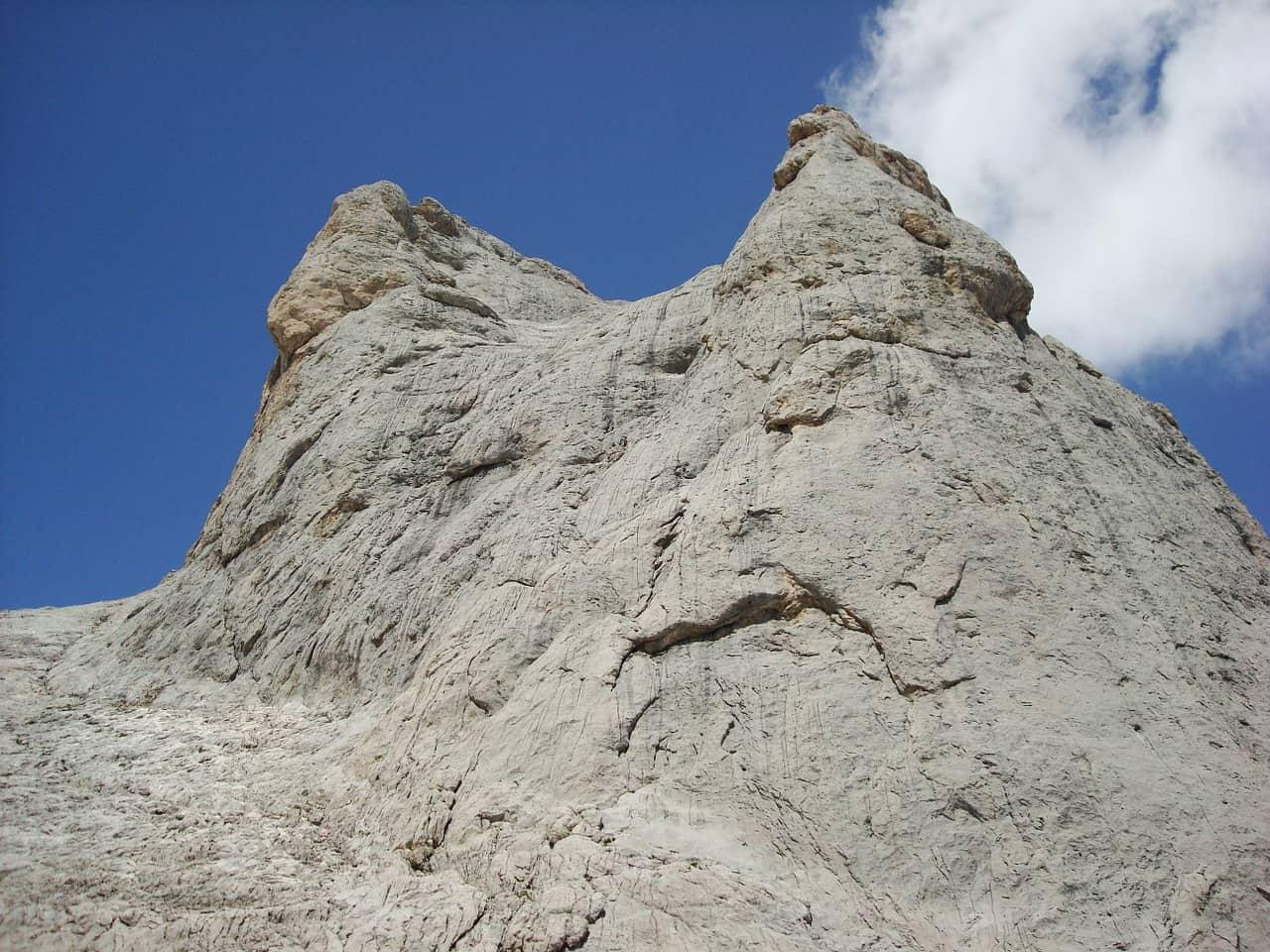 Cara sur del pico urriellu en la ruta del Cares de Asturias