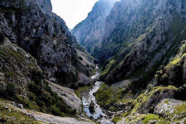 divisando el rio Cares en Asturias