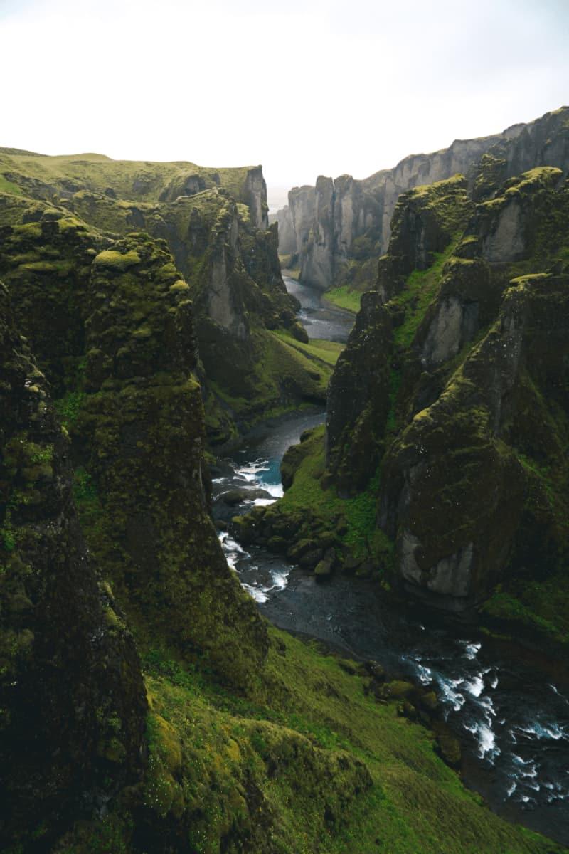 espectacular rio en Islandia