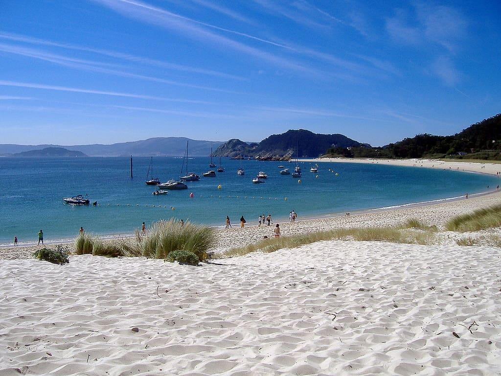 Playa de Rodas en las Islas Cíes, una de las más bonitas de España
